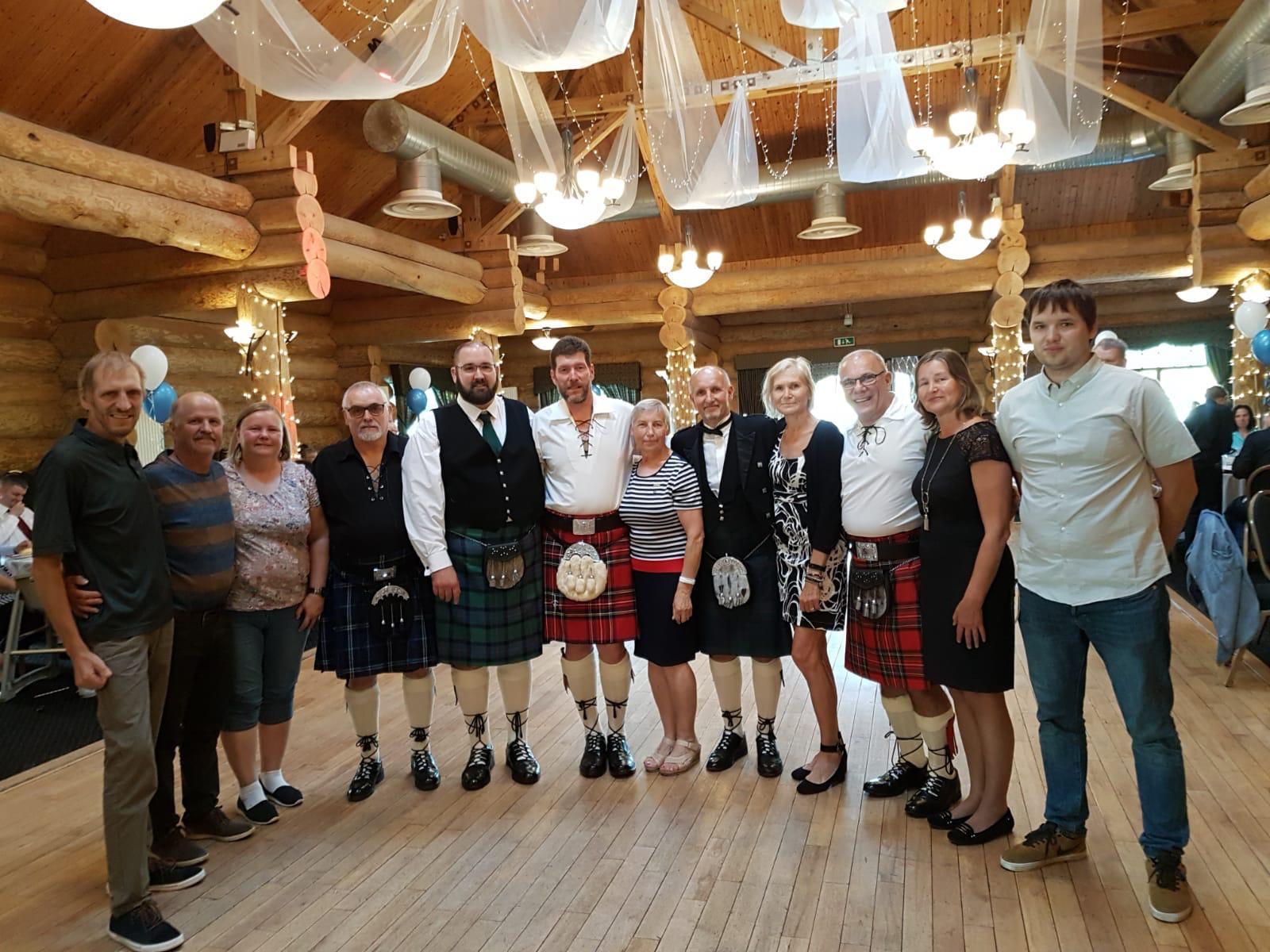 Kaare noolemängu võistlejad käisid rahvusvahelistel kurtide noolevõistlustel Šotimaal (TÄIENDATUD)